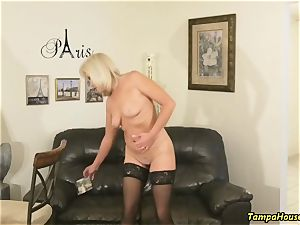 Ms Paris Rose in Confession of a pornography starlet