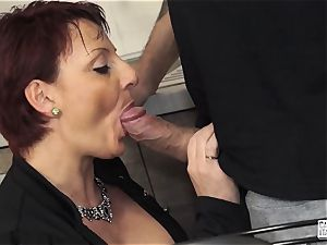 audition ALLA ITALIANA - Mature plumper redhead casting shag