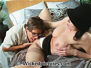 Kendra eagerness helps out a super-naughty guy with his problem