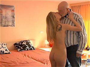 youthfull secretary penetrates senior stud boss screws jaw-dropping female