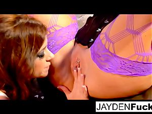 lady on female with Taylor Vixen