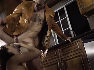 Spoiled pt 2 Chanel Preston gets her super-steamy poon treated