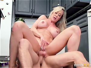 pretext me, but my new stepmother Brandi love is a real breezy!
