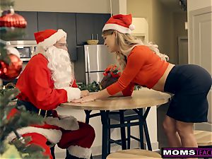 Santa's wild Helpers In Christmas threesome S9:E7