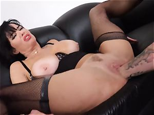splattering brown-haired Veronica Avluv cootchie stuffed and fisted