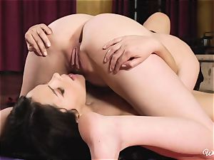 Top tribbing pliable brunettes Valentina Nappi and Cat Spark