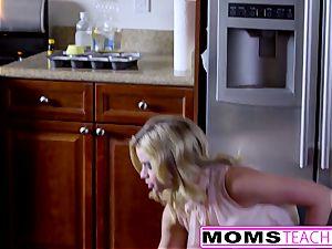 Jessa Rhodes Caught Seducing teenagers bf