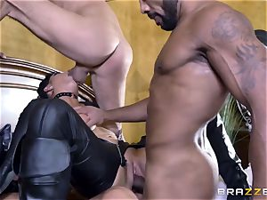 raunchy in rubber Romi Rain gets romped by 3 torrid spears