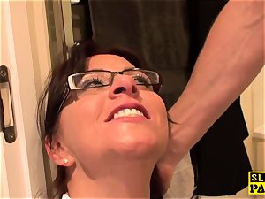 sadism & masochism brit Amber dumps before facial domination
