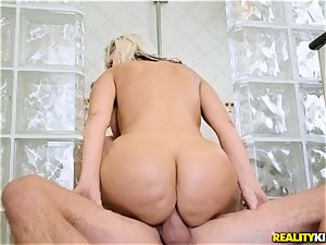 insatiable mummy Alena Croft licks up a yam-sized schlong