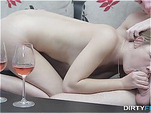 muddy Flix - Alexis Crystal - sensual ejaculation