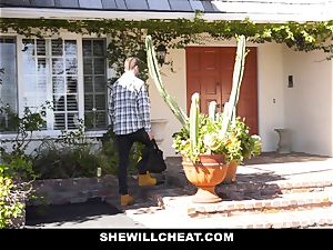 SheWillCheat - Mature wifey Gets Her vagina Piped