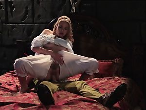 Keira Nicole takes a hard-on battering in this beautiful parody